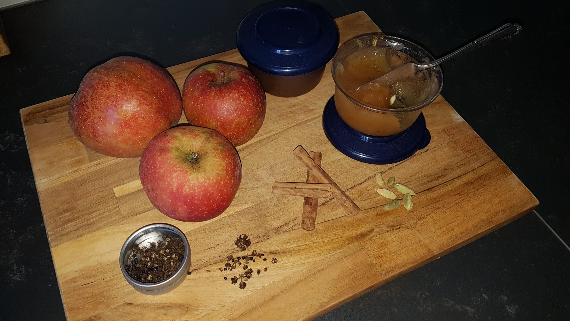 Oxclusivia Orientalischer Apfel Dattel Fruchtaufstrich 2018 04
